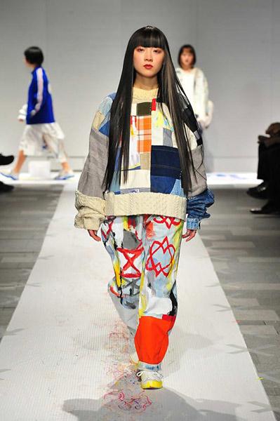 Nisai-recycles-vintage-clothing-Japan-Fashion-Week-Organization