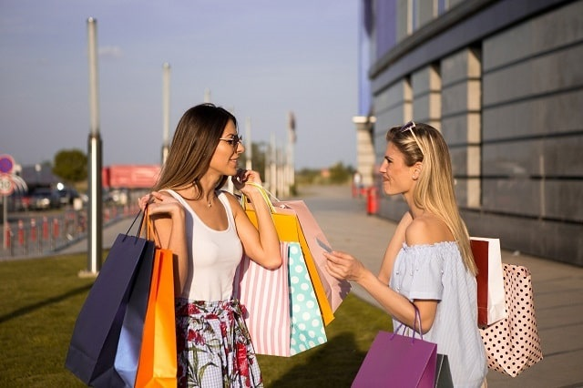 UK-fashion-sales-grow-May